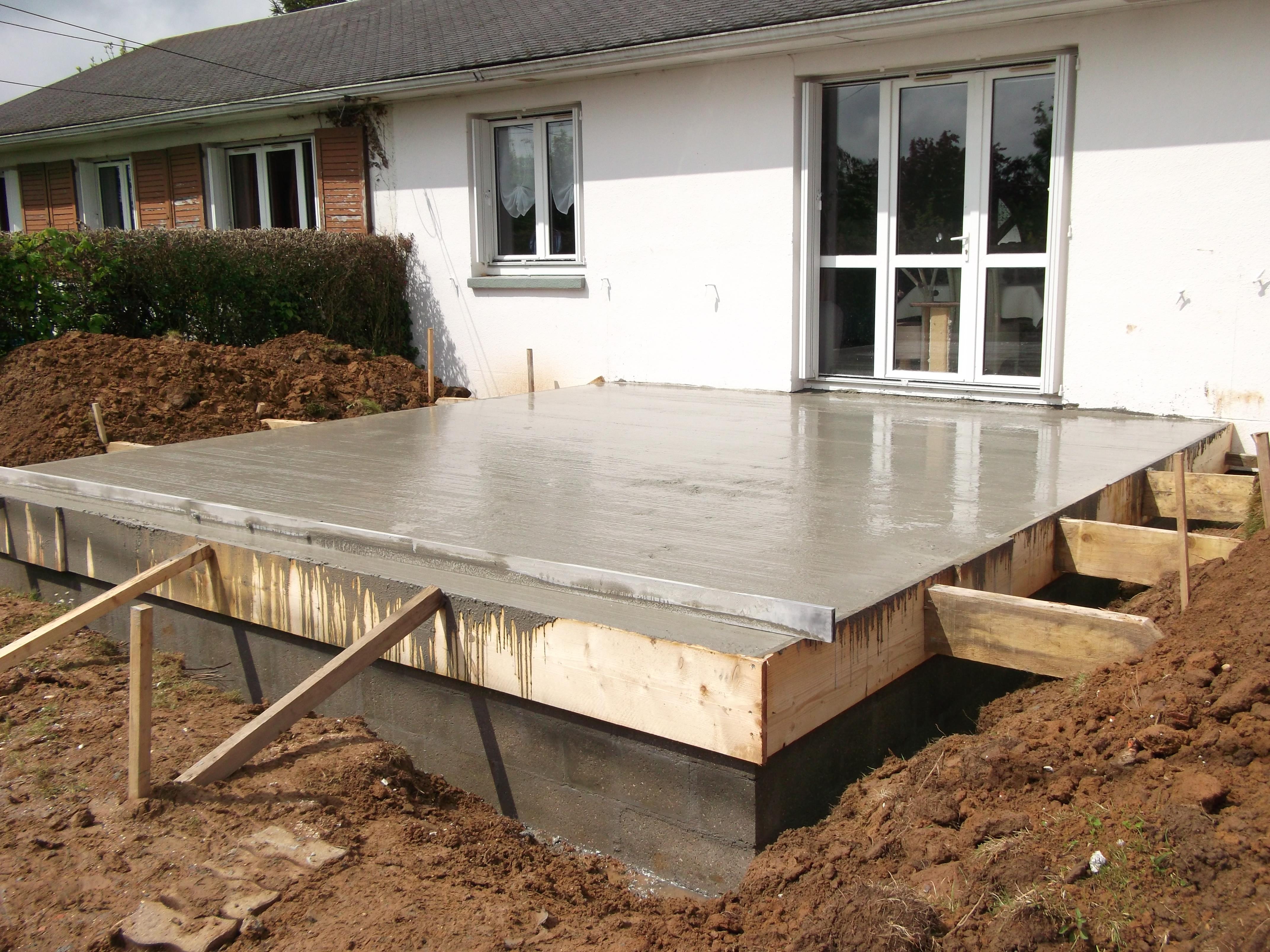Dalle en b ton sur vide sanitaire pour une extension en for Coulage plancher