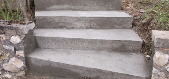 R alisation d un escalier ext rieur sarl b ti at2d for Construction escalier exterieur beton